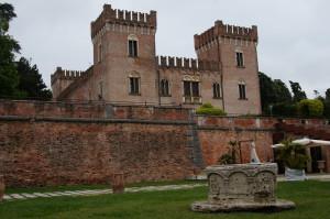Bevilacqua,il castello