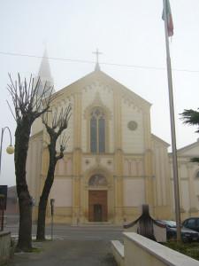 Cazzano- la chiesa