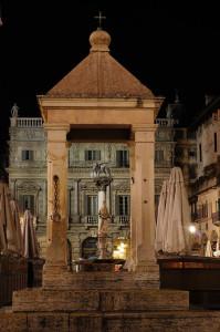 Piazza Erbe Tribuna